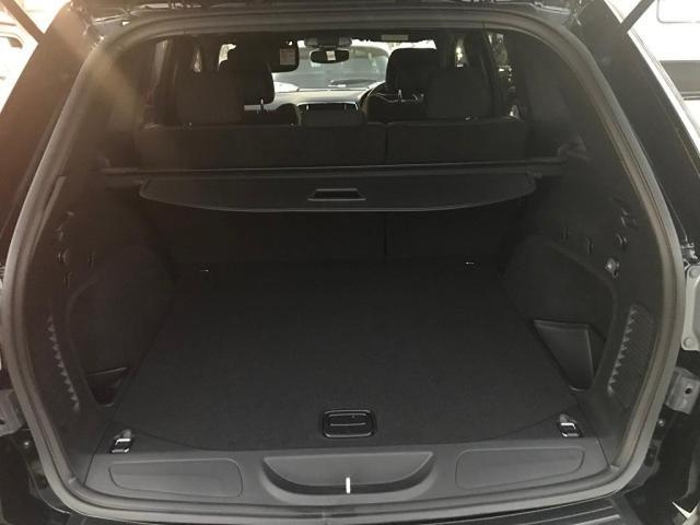 ラレード フルタイム4WD ファブリックシート 当店試乗車(17枚目)