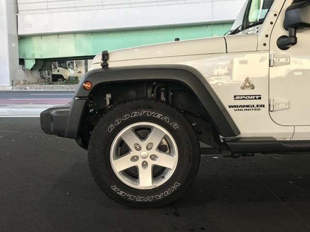 スポーツ 4WD ナビ ETC バックカメラ(19枚目)