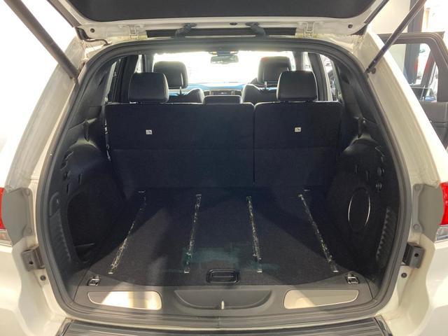 リミテッド 認定中古車保証 整備付 エアサスペンション ナビ フリップダウンモニター ETC バックカメラ 純正アルミホイール レザーシート パワーシート シートヒーター リアシートリクライニング機能(18枚目)