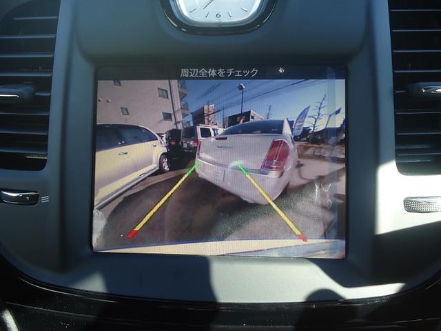 バック駐車も安心なバックカメラ標準装備です!