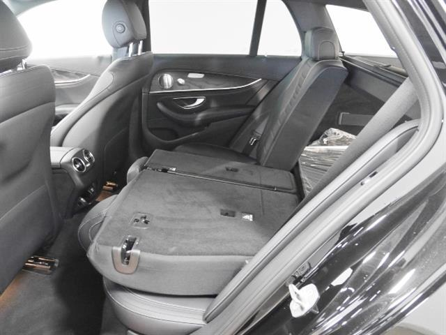 E250 ステーションワゴン AV スポーツ 本革使用(10枚目)
