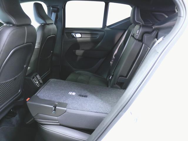 T4 AWD Rデザイン 1ヶ月保証 新車保証(9枚目)