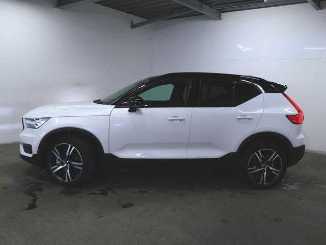 T4 AWD Rデザイン 1ヶ月保証 新車保証(13枚目)