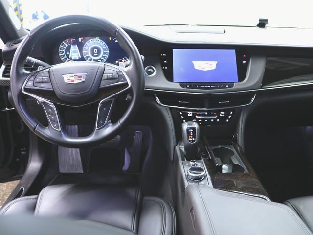 プラチナム 1ヶ月保証 新車保証 本革 シートヒーター シートエアコン パワーシート フロアマット メモリーナビ マルチ 音楽プレーヤー接続 Bluetooth接続 フルセグ ETC ガラスルーフ LED(3枚目)