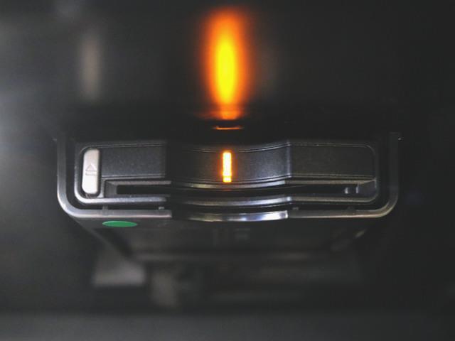 T5 モメンタム 本革 パワーシート トランクスルー フロアマット HDDナビ マルチ CD ミュージックサーバー 音楽プレーヤー接続 Bluetooth接続 フルセグ DVD再生 ETC(28枚目)