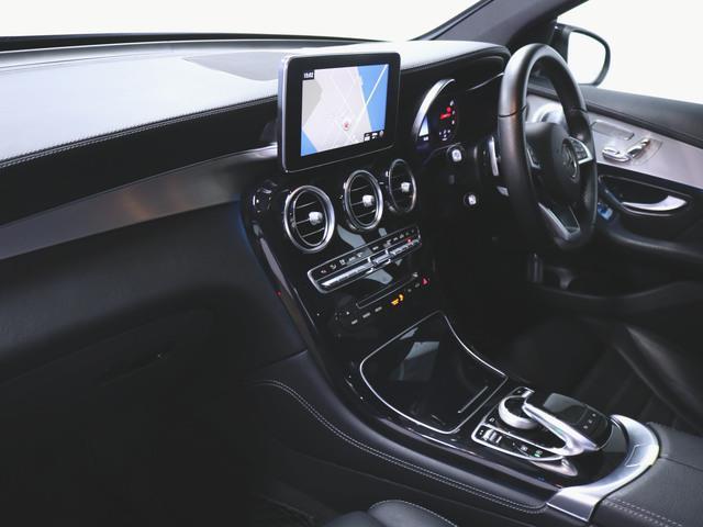 GLC250 4マチック スポーツ (本革仕様) 1ヶ月保証 本革 シートヒーター パワーシート トランクスルー フロアマット HDDナビ マルチ CD ミュージックサーバー 音楽プレーヤー接続 Bluetooth接続 フルセグ DVD再生(4枚目)