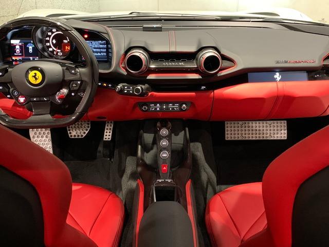 「フェラーリ」「フェラーリ 812スーパーファスト」「クーペ」「愛知県」の中古車34