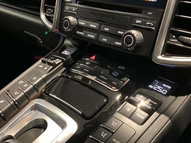 「ポルシェ」「ポルシェ カイエン」「SUV・クロカン」「愛知県」の中古車37