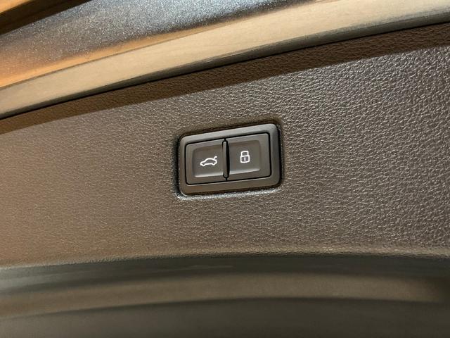 「アウディ」「アウディ Q7」「SUV・クロカン」「愛知県」の中古車74