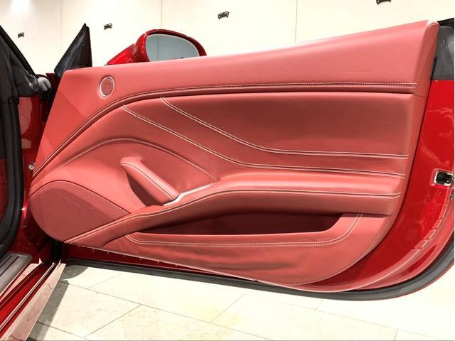 「フェラーリ」「カリフォルニアT」「オープンカー」「愛知県」の中古車25