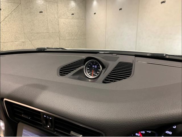 911カレラ 2018yモデル・スポーツクロノ・スポーツテールパイプ(32枚目)