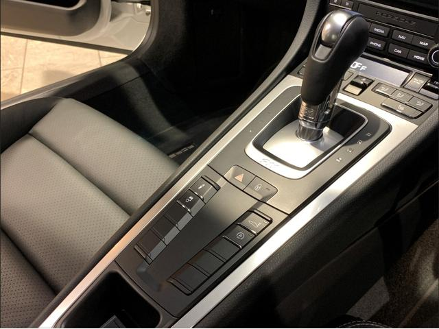 911カレラ 2018yモデル・スポーツクロノ・スポーツテールパイプ(35枚目)