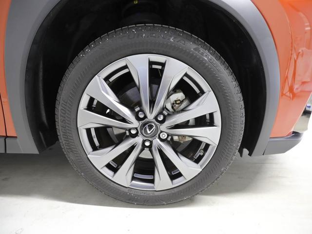 「レクサス」「UX」「SUV・クロカン」「愛知県」の中古車18