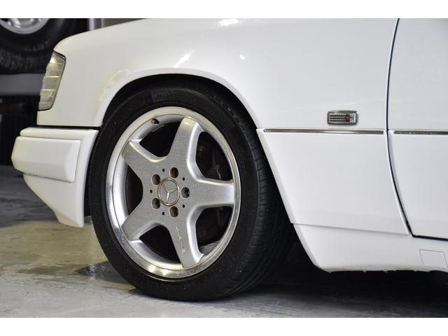 E320 左H 黒革 SR AMG17アルミ ユーザー買取車(10枚目)