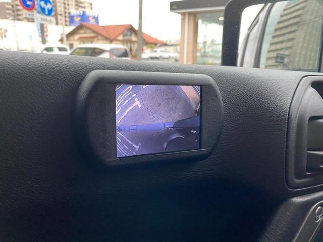 助手席にはサイドカメラの映像が映るようになっておりますので、車幅を確認をする事が出来ます。