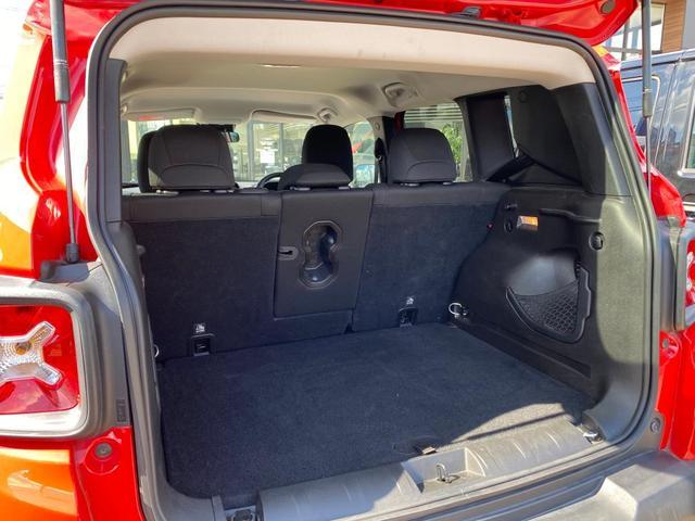 トレイルホーク 認定中古車保証付 整備付 4WD レギュラーガソリン マッド&スノータイヤ装着 クルーズコントロール ETC バックカメラ Bluetooth ルーフレール ブラックアルミ バックソナー HIDヘッド(11枚目)