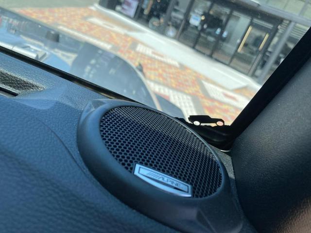 サハラ 認定中古車保証付 整備付 ナビ ETC サイドカメラ サイドステップ ボディ同色ハードトップ 同色オーバーフェンダー キーレス イモビ オートクルーズ レギュラーガソリン仕様 V6 3,600cc(17枚目)