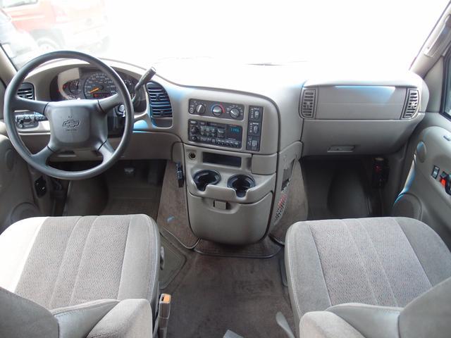 シボレー シボレー アストロ LS ディーラー車 2WD 腰下同色塗装済み