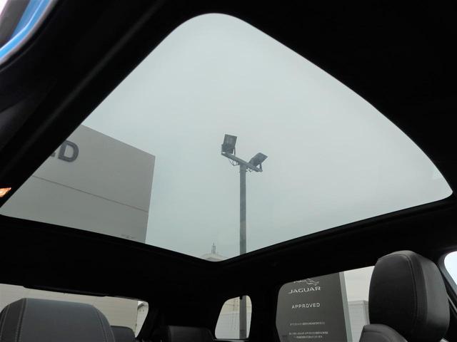 ランドマークエディション 認定 特別仕様車 パノラミックルーフ グレーコントラストルーフ SSDナビ 黒革 前席シートヒーター MERIDIAN 360°カメラ 専用19AW LDW AEB スマートキー(4枚目)