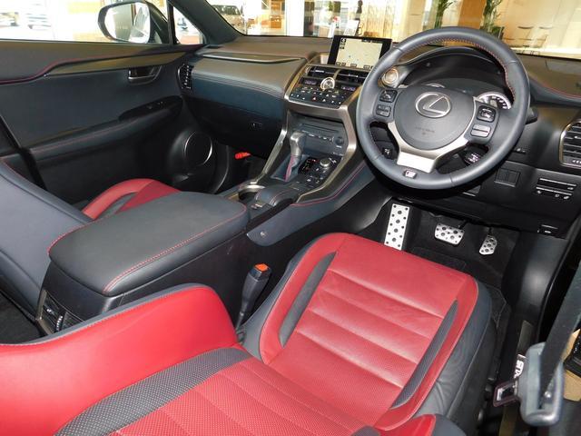 レクサス NX NX200t Fスポーツ ムーンルーフ プリクラッシュ
