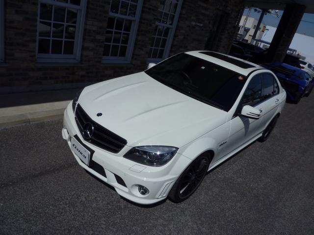C63 AMGパフォーマンスプラス 限定車487ps(3枚目)