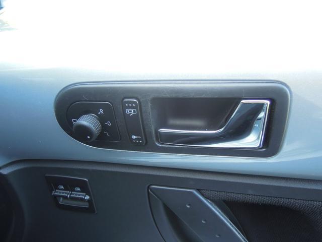 「フォルクスワーゲン」「VW ニュービートル」「クーペ」「愛知県」の中古車19