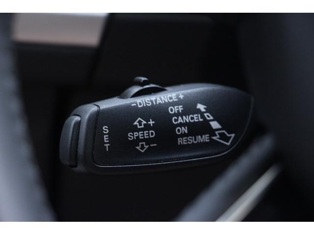 DSRCを搭載しています。ETCサービスに加え、広域な渋滞情報や事前の注意喚起を促す安全運転支援情報を受信します。