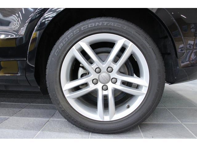 タイヤサイズは、フロント・リヤともに 235/50R18 となります。