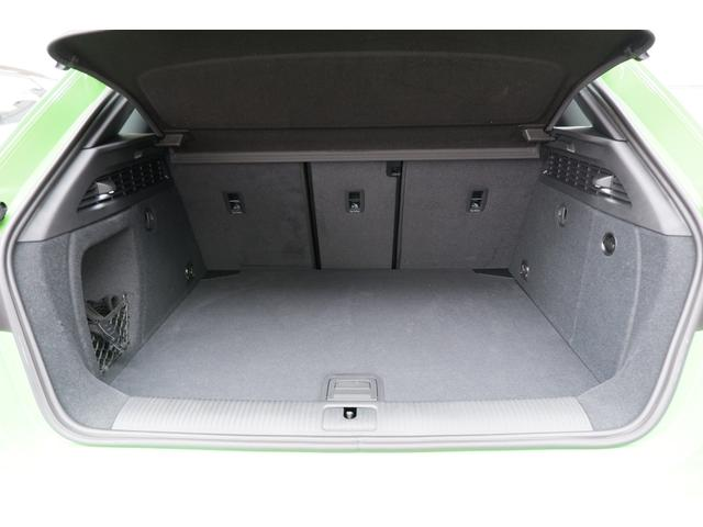 ベースグレード RSデザインパッケージ マトリクスLED マットアルミニウムスタイリングパッケージ 19インチアルミ(18枚目)