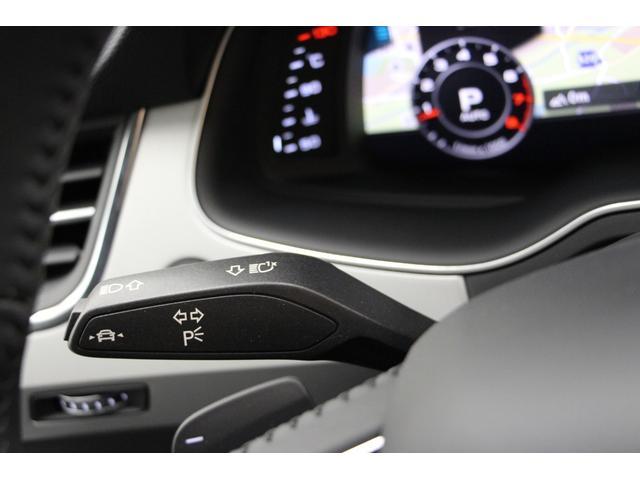Audi専用テスターで診断の後、お客様にお車を提供いたします。