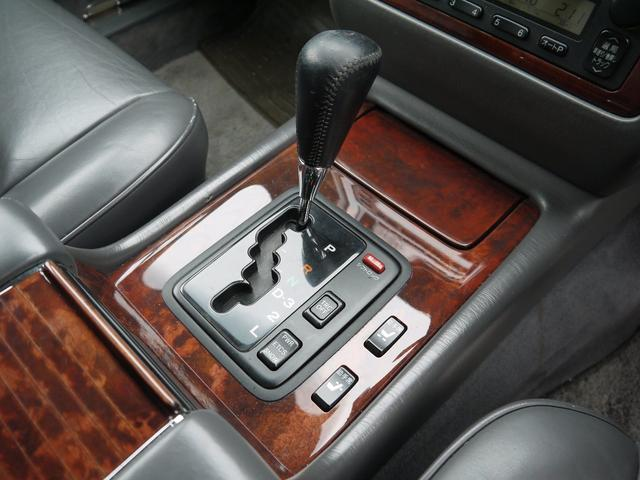 標準仕様車 デュアルEMVパッケージ 後期仕様 本革(15枚目)