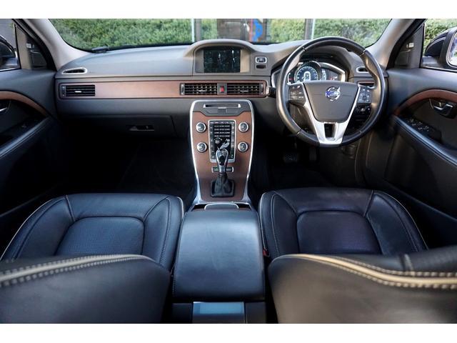 ボルボ ボルボ V70 T6 AWD ワンオーナー 黒革シート SR
