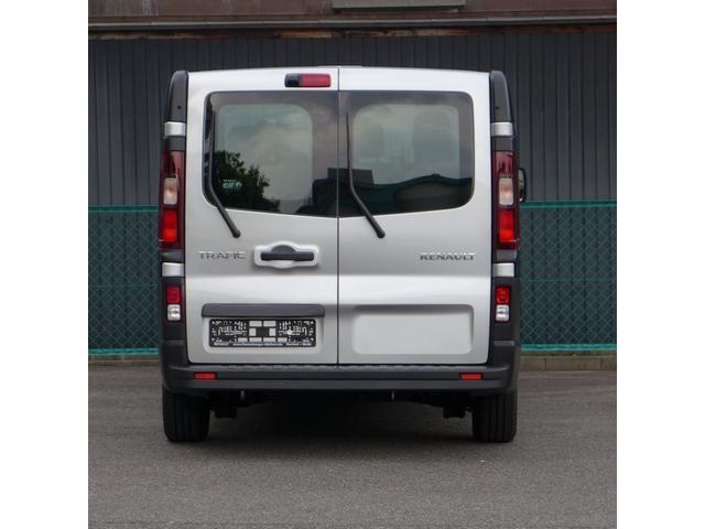 「ルノー」「ルノー トラフィック」「ステーションワゴン」「愛知県」の中古車4