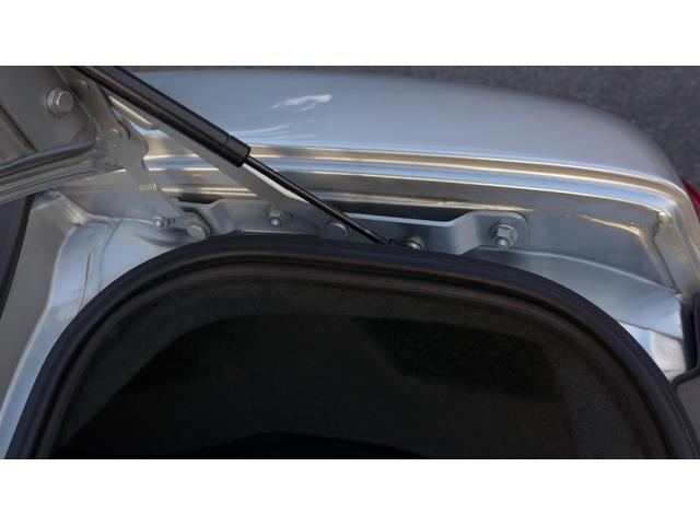 クーペ ワンオーナー 3.0 Auto 左ハンドル 日本仕様(12枚目)
