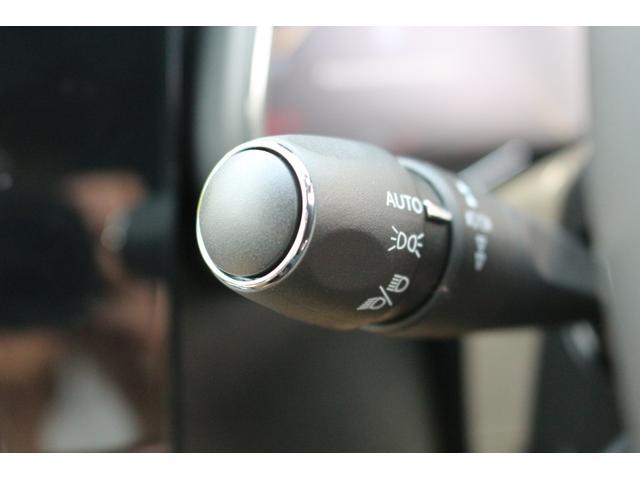 オートヘッドライト機能を標準装備。【CITROEN一宮:0586−23−7700】