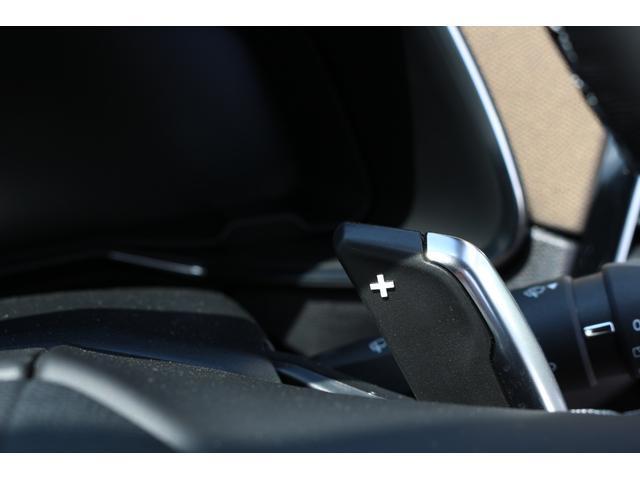 パドルシフトを装備。マニュアル車のようなダイレクトなドライブフィールを味わえます。【CITROEN一宮:0586−23−7700】