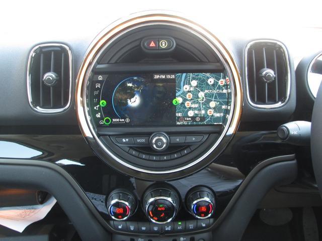 クーパーSD クロスオーバー オール4 LED正規認定中古車(10枚目)