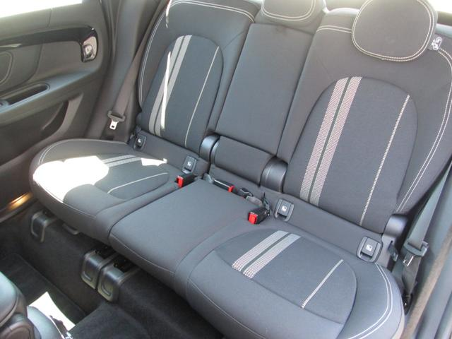 クーパーSD クロスオーバー オール4 LED正規認定中古車(15枚目)