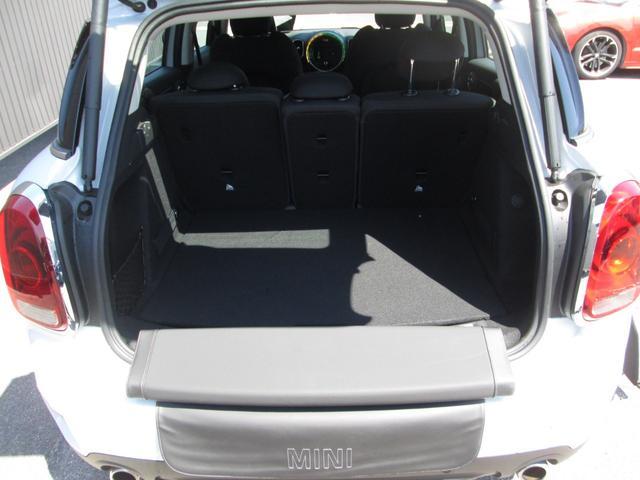 クーパーSD クロスオーバー オール4 LED正規認定中古車(16枚目)