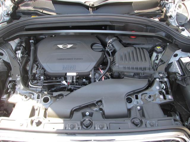 クーパーSD クロスオーバー オール4 LED正規認定中古車(18枚目)
