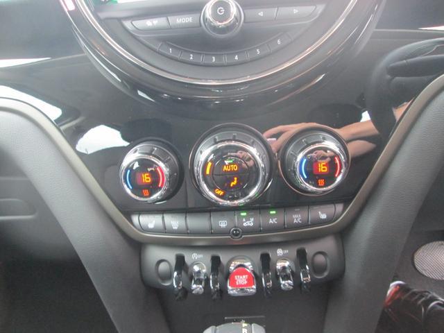 クーパーD クロスオーバー LED シートヒーター ペッパーPKG正規認定中古車(3枚目)