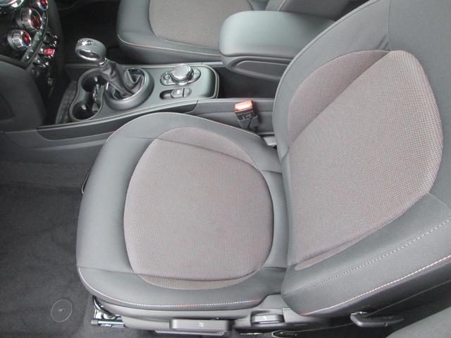 クーパーD クロスオーバー LED シートヒーター ペッパーPKG正規認定中古車(13枚目)