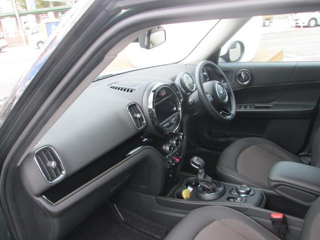 クーパーD クロスオーバー オール4 ペッパーPKG LED 純正ナビ 純正アルミ 正規認定中古車(15枚目)