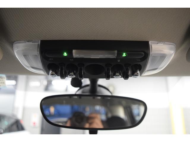 クーパーD 5ドア LEDヘッドライト 純正ナビ 正規認定中古車(10枚目)