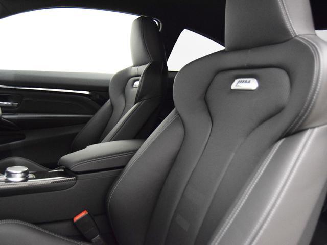 BMW BMW M4クーペ 後期テール カーボンエアロ アダプティブMサス