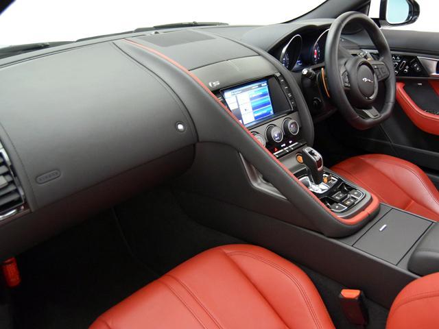 V8 Sコンバーチブル 15yモデル OP108 赤革シート(7枚目)