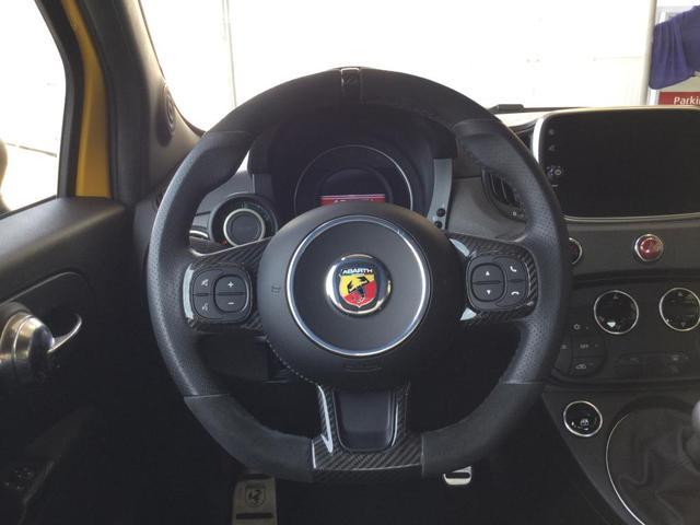 コンペティツィオーネ 左ハンドルマニュアル ユーコネクト 7インチタッチパネル アンドロイドオート アップルカープレイ ETC 認定中古車保証 ロードサービス(16枚目)