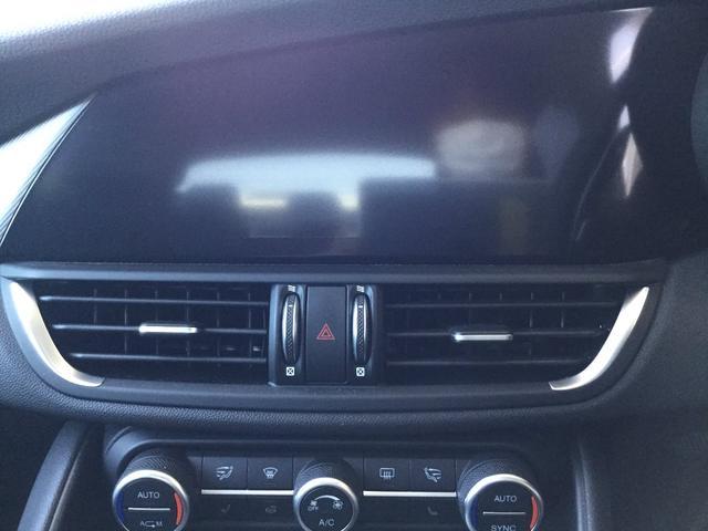 ヴェローチェ 右ハンドルオートマ ユーコネクト アンドロイドオート アップルカープレイ 専用アルミホイル ランフラットタイヤ 認定中古車保証 ロードサービス付(54枚目)