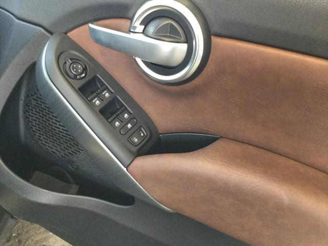 ポップスター プラス キセノンヘッドライト ブラウンレザーシート パドルシフト トラクションンコントロール パワーシート バックカメラ ETC 認定中古車保証 ロードサービス(37枚目)