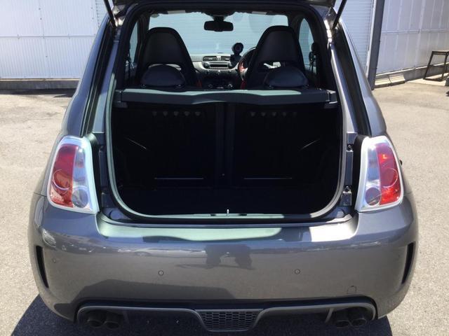 コンペティツィオーネ 右ハンドルオートマ キセノンヘッドライト サベルのシート カーボンシフトパネル ブーストメーター 認定中古車保証 ロードサービス(18枚目)